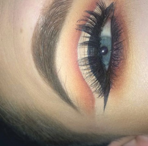 cut-crease-eye-look